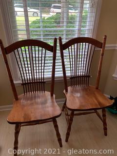 Wheat Back Dining Chairs (lot of 4)
