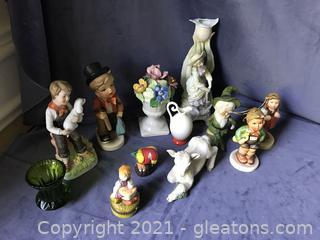 Figurine lot of 12