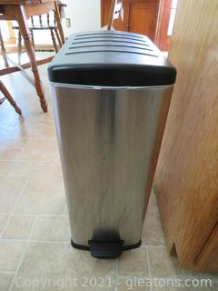 Aluminum and Black Step Trash Can