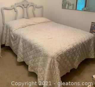 Full Size Bed Frame Mattress and Linens