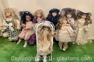 Set of 8 Vintage Collectable Dolls