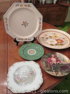 Lot of Five Decorative Plates