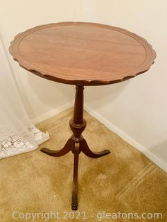 Mahogany Piecrust Side Table