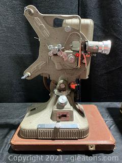 """Keystone """"Belmont"""" K-161 16mm Projector & Case"""