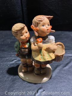 "Hummel Figurine ""To Market"" 49 3/0"