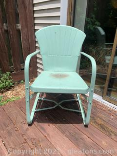 Cool Retro Metal Lawn Chair B
