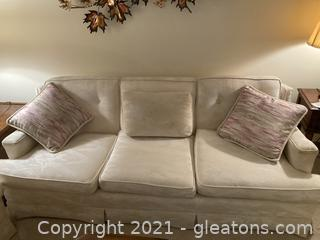 Elegant Fabric Couch W/Tufted Back Cushion and 3 Pillow