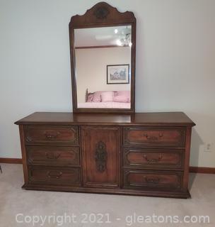 Mid Century Bassett Industries Dresser with Mirror