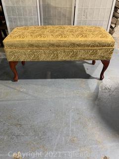Pretty Upholstered Storage Bench