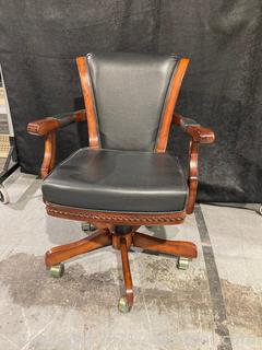 Contemporary Leather Lined Poker Table Swivel Chair