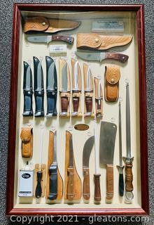 Case XX Hunting and Cutlery Knife Display Cabinet