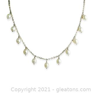 Pearl Dangle Necklace in Sterling Silver