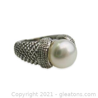 Freshwater Pearl Ring in Sterling Silver
