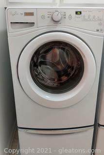 Very Nice Whirlpool Duet Front Loading Washer on Pedestal (White)