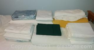 Nice Bedding Lot for Different Bed Sizes