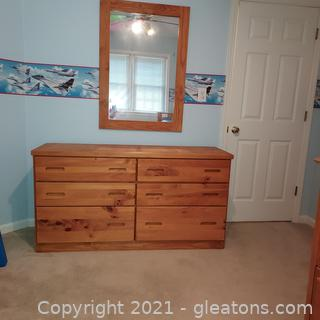 Solid Pine 6 Drawer Dresser with Detached Mirror-Great for Kid's Room