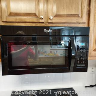 Black Whirlpool Undercounter Microwave
