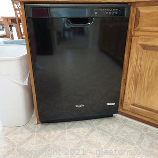 Black Whirlpool Dishwasher (Bring tools to remove)