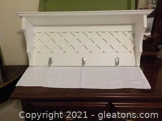 Attractive White Wall Shelf 3 Hooks (B)