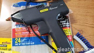 Craft Glue Gun with Sticks