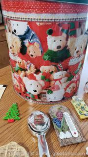 Teddy Bear Tin & Refrigerator Magnets