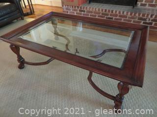 Gorgeous Thomasville Mahogany Coffee Table