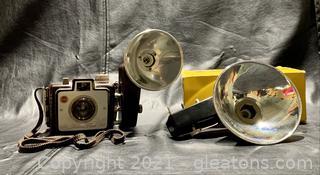 1950's Kodak Brownie Holiday Flash Camera W/Flasholder