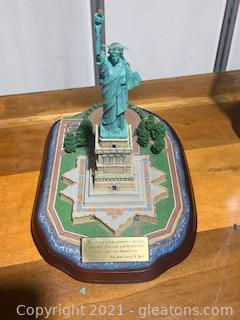 Danbury Mint Lighted Statue of Liberty