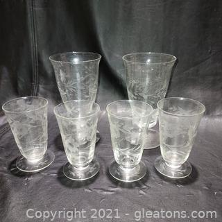 6 Beautifully Etched Stemmed Glasses – 2 Tea and 4 Juice