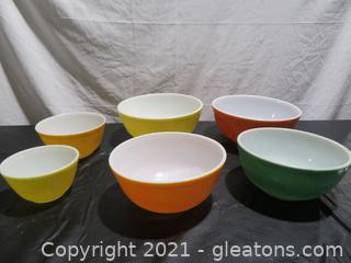Fabulous Pyrex Bowl Collection (6 Bowls)