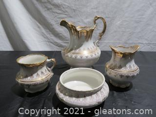 Toilet Ware by Homer Laughlin