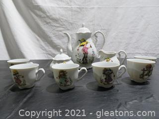 Creidlitz Bavarian Porcelain Tea Set