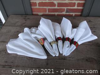 6 Cloth Napkins with 5 Mismatched Napkin Rings