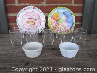 10 Juice Glasses / 1 Strawberry Shortcake Plate / 1 Winnie Pooh Plate / 2 Carlisle sauce bowls