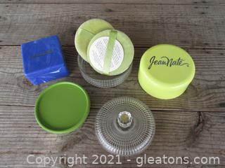 """Avon Beauty Dust Refill """"Somewhere"""" 6 ozs in Glass Powder Dish with 2 Puffs / Empty Estee Lauder Dusting Box / Empty Jean Nate Dusting Box"""