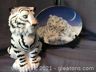 Barnum Bailey Ringland Bros White tigar lidded cup + 1st is due plate