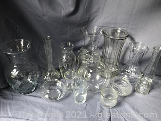 12 vases, various sizes