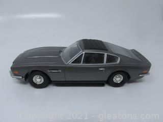 James Bond 007 Car