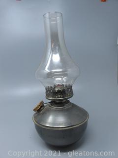 Unique Metal Batton Oil Lamp