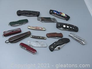 14 Pocket Knives