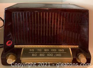 General Electric Model 404 Tube Radio