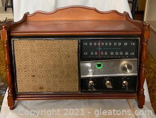 RCA Victor RGC37L Solid Statue Console Radio