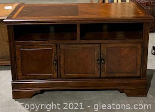 "Ashley Furniture Hamlyn 50"" TV Stand"
