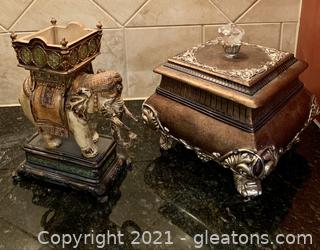 Two Piece Ornate Staging Decor Lot
