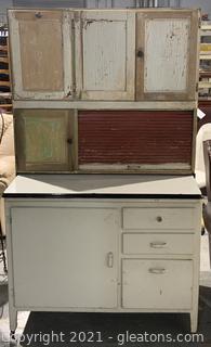 Vintage Hoosier Cabinet with Flour Sifter on Castors