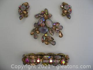 Pink Stone Jewelry Set