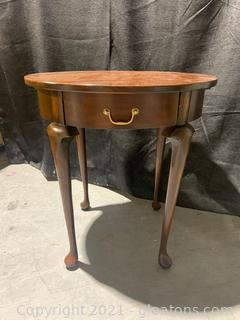 Harden Furniture .Queen Anne Oval Side Table