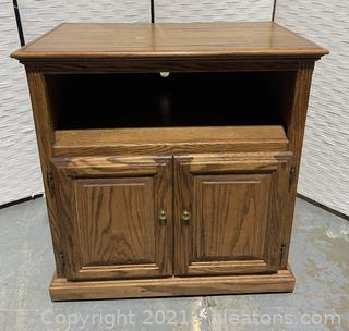 Classic Oak TV Stand on Wheels