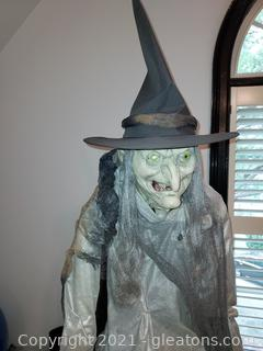 Lunging Haggard Witch-Life Size Animated Character