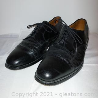 Nice Pair of Allen Edmond's Lauderdale Black Leather Oxford Shoes